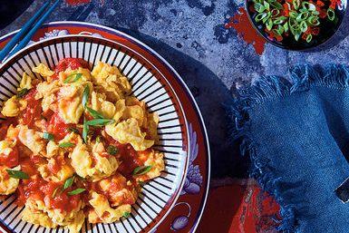 Koolhydraatarm eten is niet moeilijk? Dit simpel Italiaans roerei zit bom vol smaak en is heel makkelijk te maken. Lekker als ontbijt of voor bij de lunch.