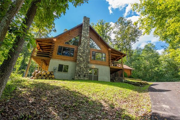 El Nido Cabin - Buffalo Lodging Company - Hocking Hills Cabins and Hocking Hills Lodges in Ohio