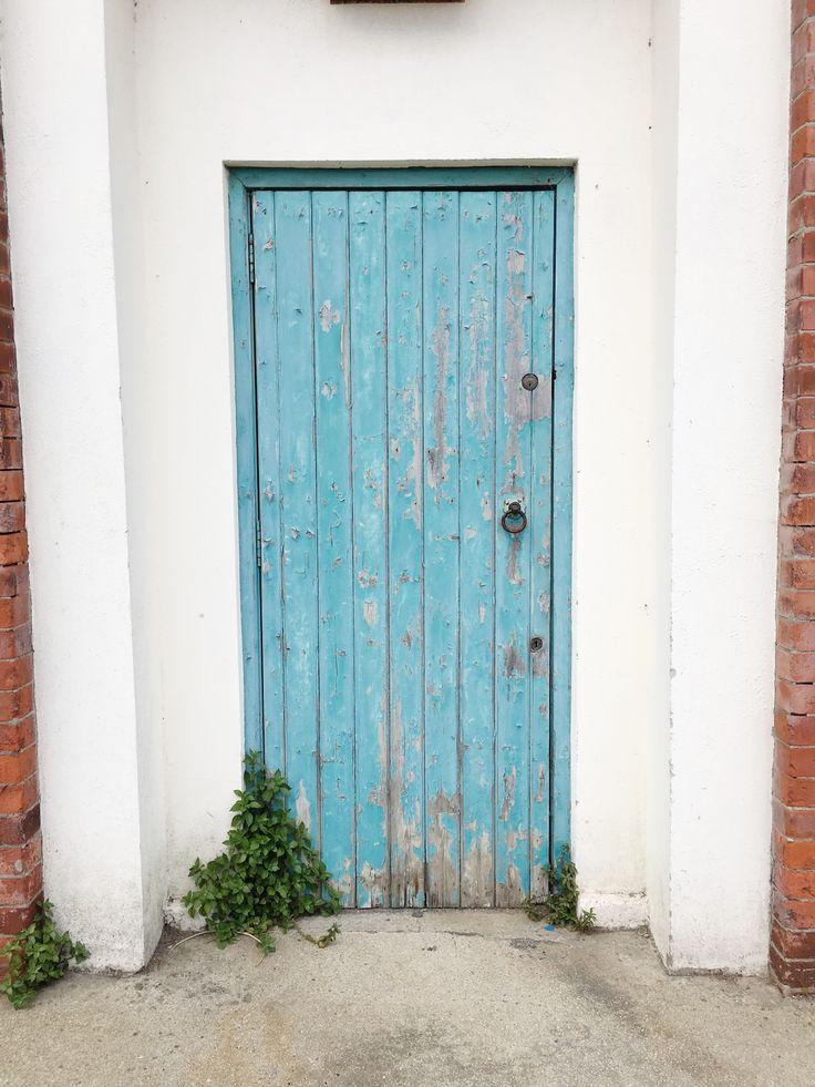 doors of Dublin, blue door