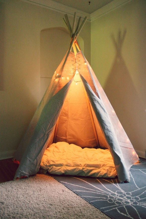 """DIY+The+Teepee+Tutorial  Ingredients: (6)+7-foot+1""""x2""""+cedar+posts 9'+x+12'+canvas+drop+cloth (12)+1/4""""+grommets+(you'll+need+a+grommet-setting+kit+if+you+don't+have+one+already) Small+diameter+rope+of+your+choice Scissors Drill Hammer (6)+Shower+curtain+rings+(optional) Needle+with+larger+eye+and+strong+thread+(optional) Step+1:+Drill+"""