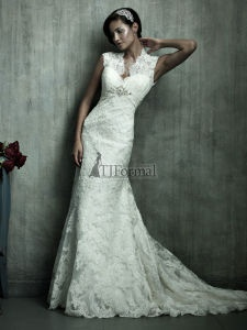 Lace wedding dress- my dream dress