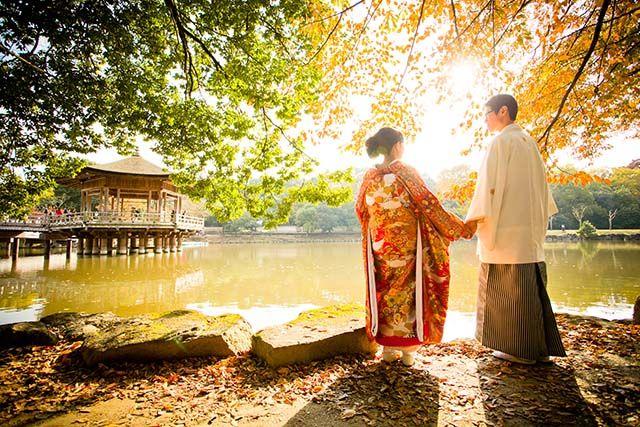 はじまりの都、奈良。 そこには古の時を越え、今につながる文化が数多く受け継がれています。 世界遺産に認定されたスポットが、ほら、ここにもあそこにも…。 まさに日本文化の宝石箱!Wedding are listed in the world heritage of Nara. Nara drifting history.