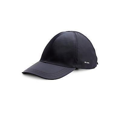 €272, Dunkelgraue Baseballkappe von Prada. Online-Shop: Saks Fifth Avenue. Klicken Sie hier für mehr Informationen: https://lookastic.com/women/shop_items/42811/redirect