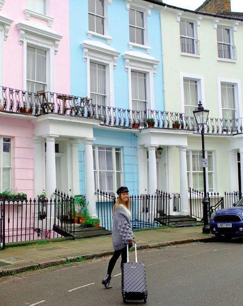 Pretty In Primrose Hill! @christina_fevre #jettblackjetsetter #london #travel