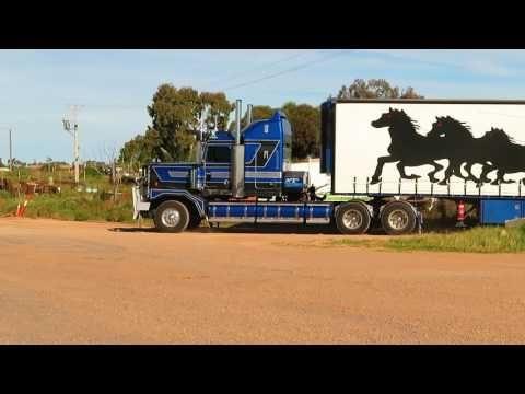 Roadtrains Australia - Kenworth - YouTube