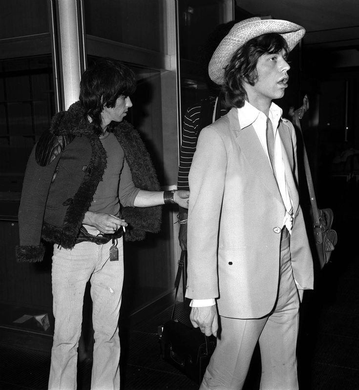 Celebrities at the Airport in the 1970s: The Photos