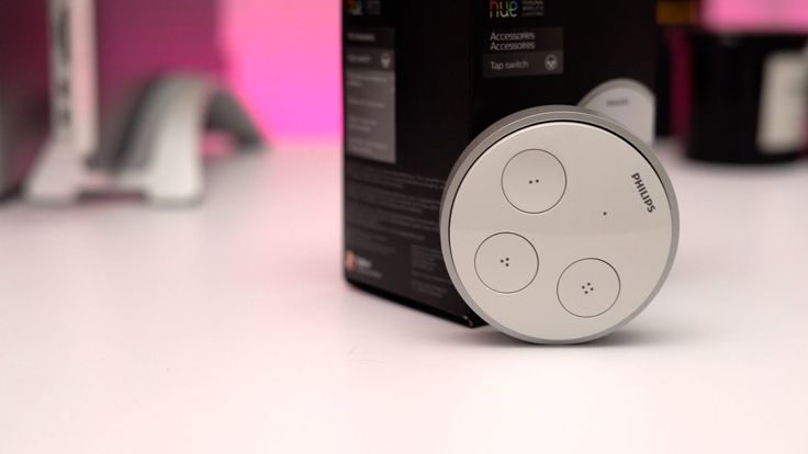 Hands-on with the Philips Hue Tap: a wireless light switch powered by kinetic energy [Video]