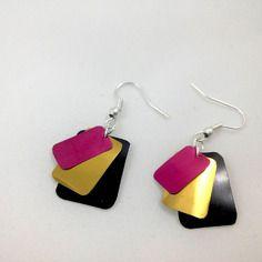 039 pequeños bucles d & #, orejas negras y de color rosa de oro reciclado de latas de Coca-Cola