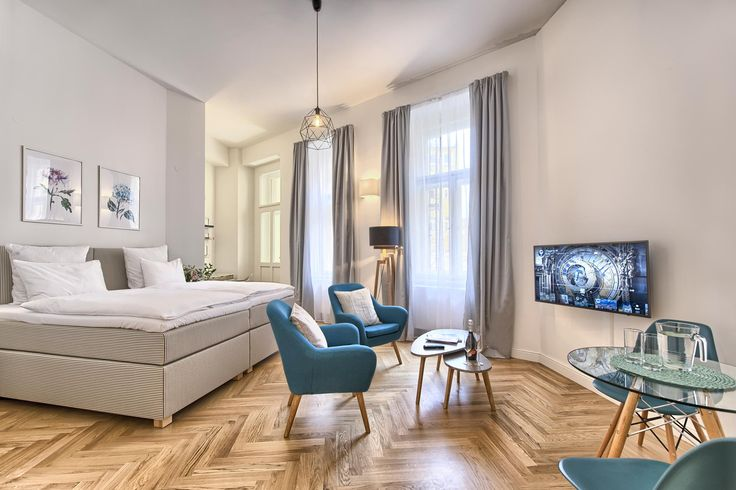 Cozy studio apartment x1 in Jilska Palace Apartments. Excellent location close to the Old Town Square!  #apartment #design #interior #interiordesign