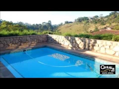 3 Bedroom House For Sale in Kloof, KwaZulu Natal, South Africa for ZAR 3...