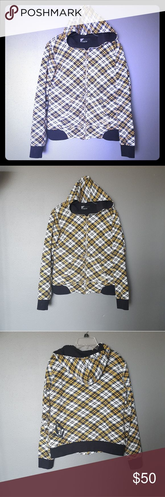 《Volcom》Lumber Jacket Fleece Zip Hoodie Excellent condition. Like new. Volcom brand. Lumber jacket fleece zip hooded sweat shirt. Size medium. 80% cotton 20% polyester.   Black, yellow, and white angled plaid pattern. Gold seams and zipper. Volcom logo on the lower back of the jacket, the zipper, and one of the front pockets. The lining is black. Slick.  Smoke and pet free home. Reasonable* offers considered. Volcom Shirts Sweatshirts & Hoodies