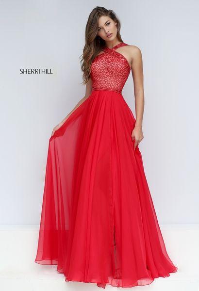 Prepárate para la alfombra roja cuando pruebes uno de los siguientes vestidos de Quinceañera en rojo, podrás completar un look elegante.