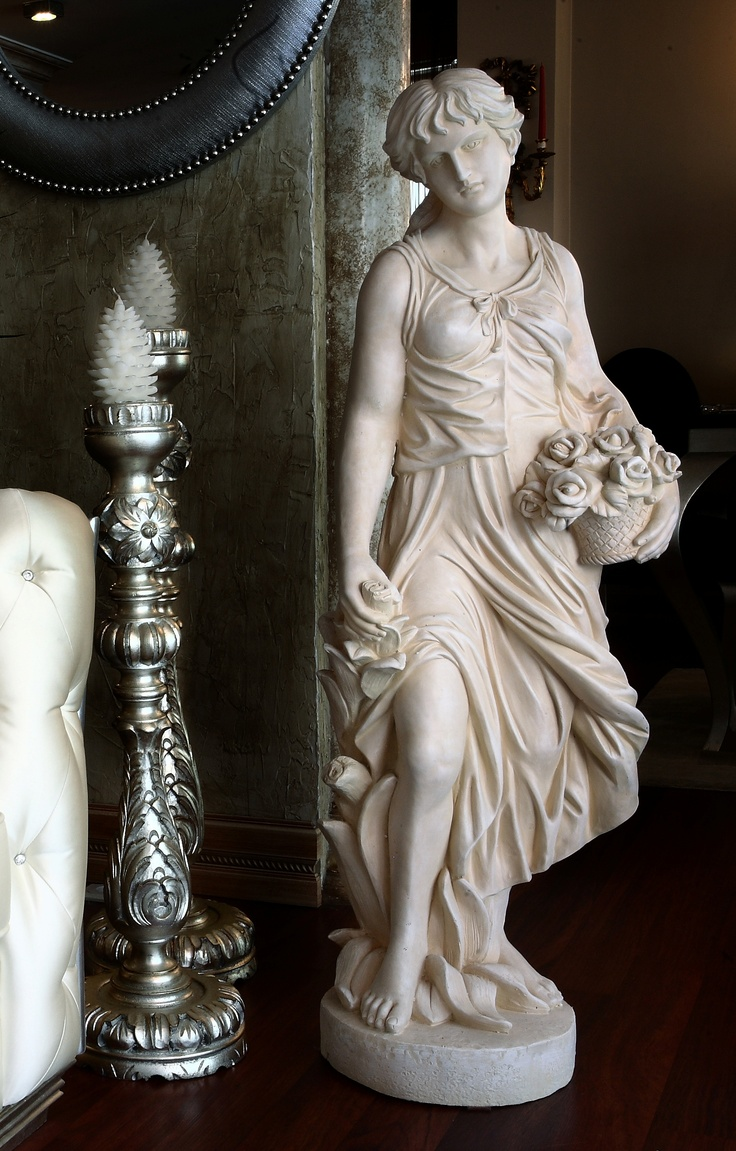 Famous Aphrodite Sculpture The Image