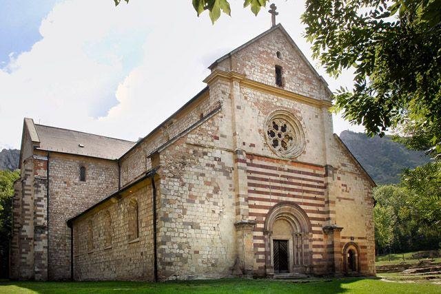 #Romanesque church in Hungary - A bélapátfalvi ciszterci kolostor Magyarország