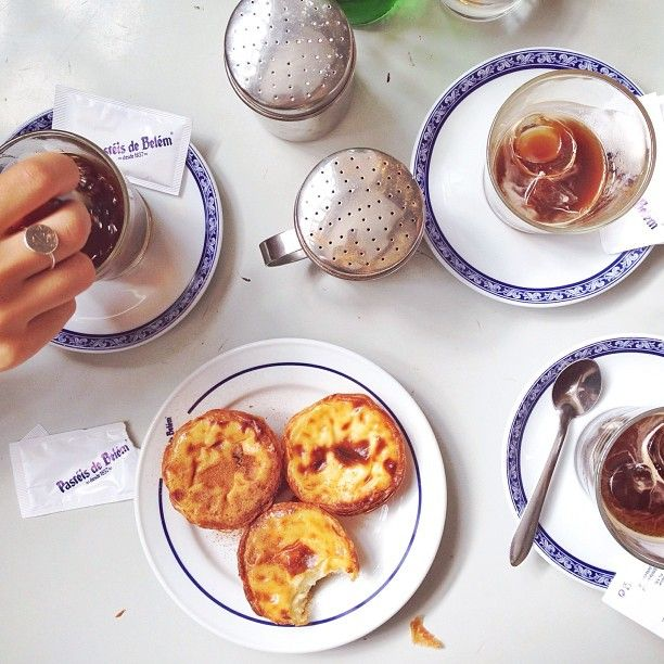 Pastéis de nata (Portuguese egg tarts).