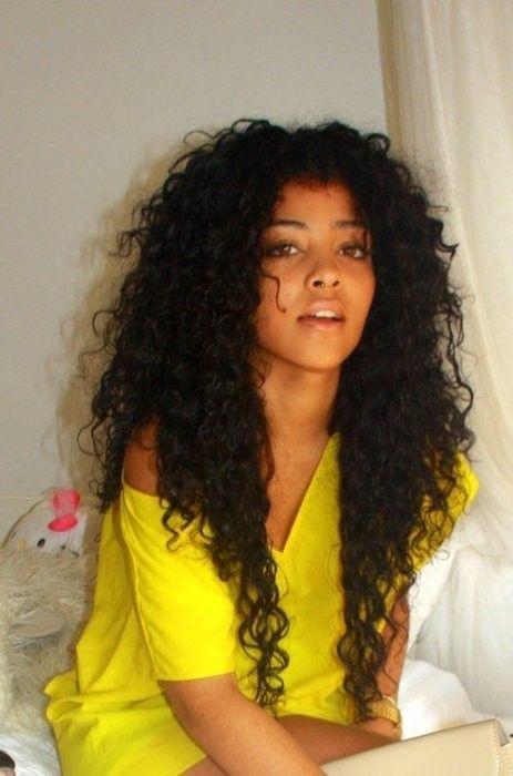 African American Hair | natural hair # nigerian hair # afro hair # shrinkage http://www.shorthaircutsforblackwomen.com/how-to-make-your-hair-grow-faster-longer/