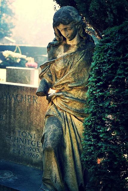 Nordfriedhof Düsseldorf by christianstobbe, via Flickr