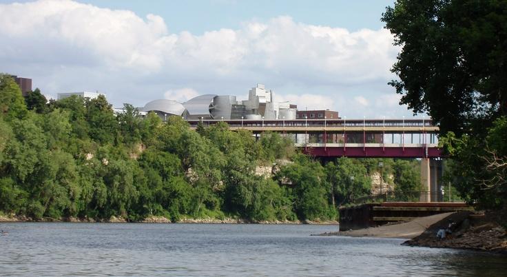 Weisman Art Museum, Washington Ave Bridge over Mississippi: Art Museum