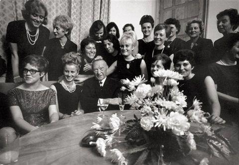 Konrad Adenauer with secretaries von Will McBride