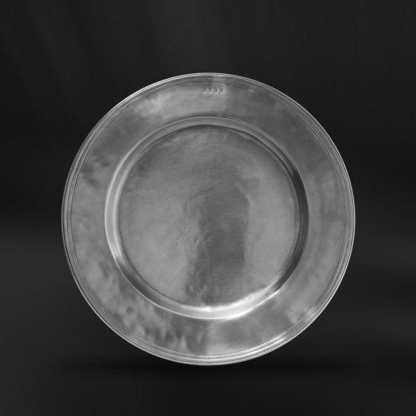 Pewter Plate - Diameter: 38 cm (15″) - Food Safe Product - #pewter #plate #dish #peltro #piatto #zinn #teller #zinnteller #étain #etain #assiette #plat #peltre #tinn #олово #оловянный #tableware #dinnerware #table #accessories #decor #design #bottega #peltro #GT #italian #handmade #made #italy #artisans #craftsmanship #craftsman #primitive