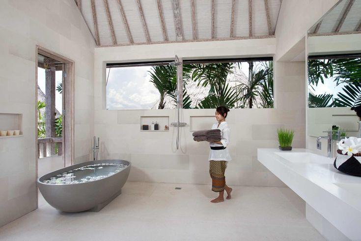 http://www.prestigebalivillas.com/view/bali_villas/ Master Bathroom Villa Adasa Bali