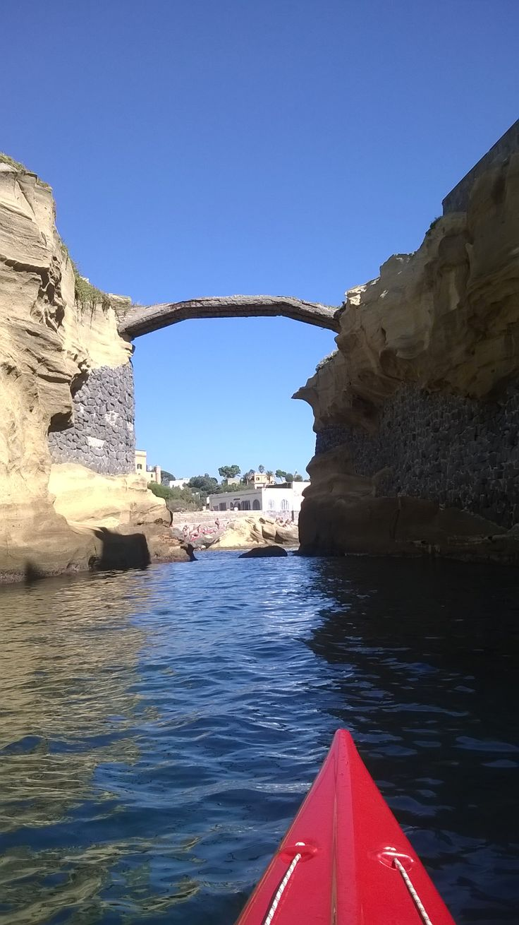 Il ponte della Gaiola