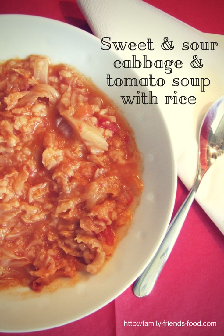 Sweet & sour cabbage & tomato soup with rice - a delicious #vegan between-seasons soup. #vegetarian #recipe