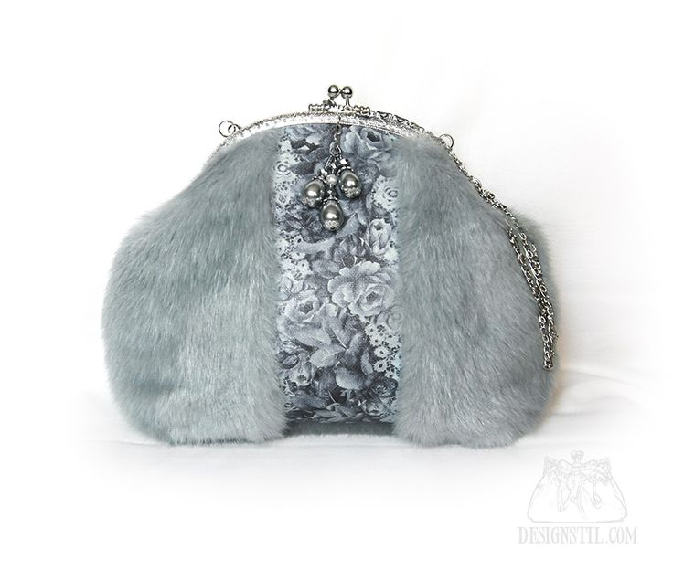 Зимушка - авторская сумочка ручной работы из меха с фермуаром - Сумки из кожи, меха