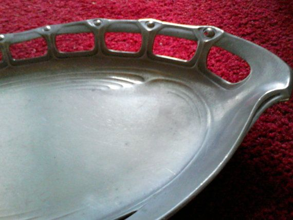 Polished pewter Art Nouveau / Arts and Crafts Dish. Classic early 20th century Jugendstil