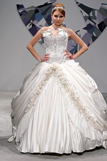 17 Best Images About Pnina Tornai Gowns On Pinterest. Wedding Dresses A Line Tulle. Backless Wedding Dress Workout. Vintage Wedding Dresses Greece. Wedding Dresses Lace And Backless. Summer Wedding Dresses For Mens In India. New Modern Wedding Dresses. Modest Wedding Dresses Winnipeg. Elie Saab Red Wedding Dresses