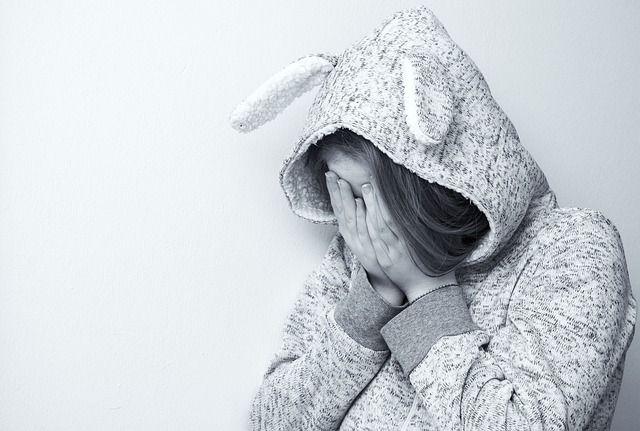 Művészetterápia: 21 egyszerű de annál HATÁSOSABB módszer a negatív érzelmek leküzdésére