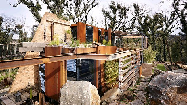 Inspiring, carbon-neutral home in the Australian bush