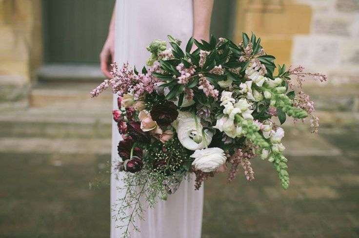 Bouquet / Lua Leuca Florals / Wedding Style Inspiration / View on The LANE