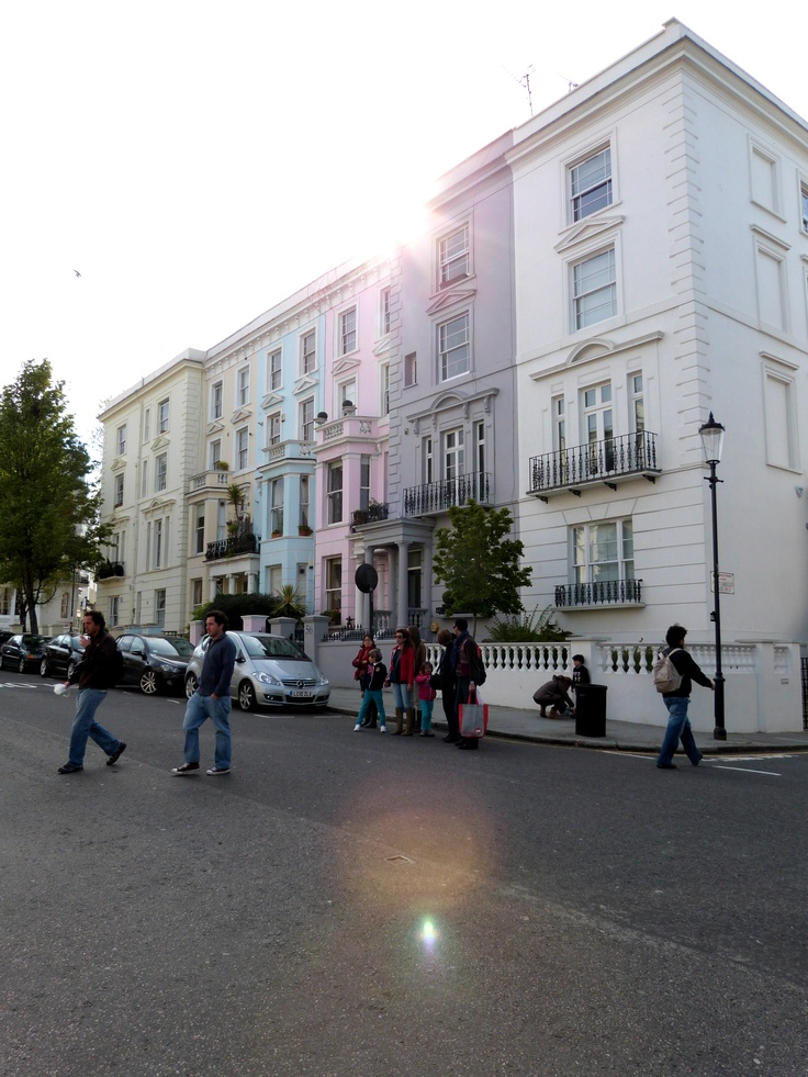 A sunny day in Notting hill