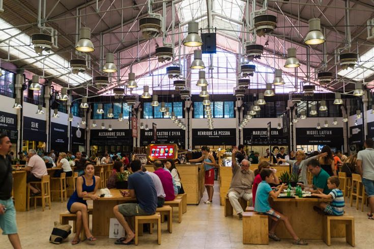 Food Court at Mercado da Ribeira/Ribeira Market