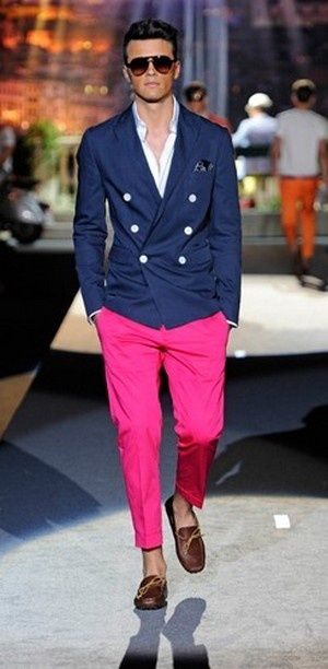 Men's fashion style - pink pants, blue blazer, sunglasses. See the cities with the most handsome guys >>> http://bit.ly/1KmeMYs