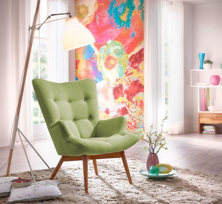 Der Sessel Aiko ist ein stylischer Hochlehnsessel. Die stylischen Füße sind aus massiver Buche und unterstreichen das wertige Design.