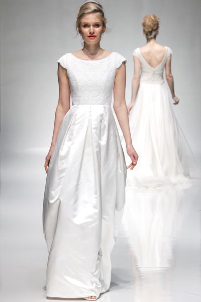 Freda | The London Collection by Emma Hunt | White Gallery #weddingdress #madeinengland