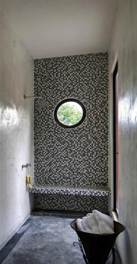 porthole shower yucatan