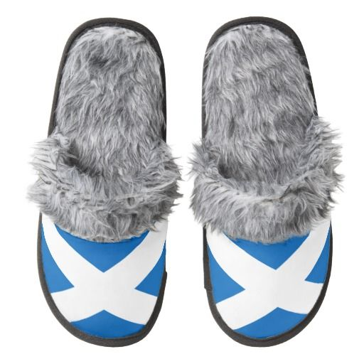 Scottish flag slippers pair of fuzzy slippers