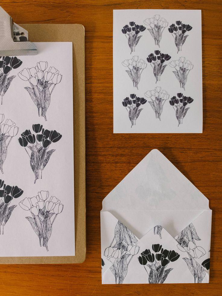 DIY how to create a vector graphic from a hand drawn illustration.  + FREEBIE! BLOMSTRANDE | Digitalisera illustrationer och handskriven text | http://blomstrande.com