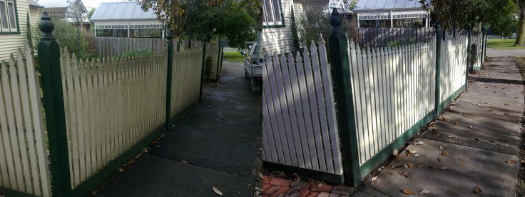 Extremly dirty fence is now extremly clean after Go Cleaning did what they do best :)