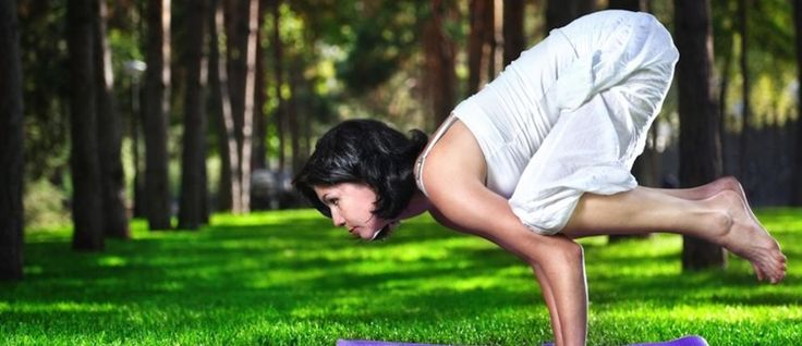 Why You're Making Arm Balances Hard + How To Make Them Easy - mindbodygreen.com