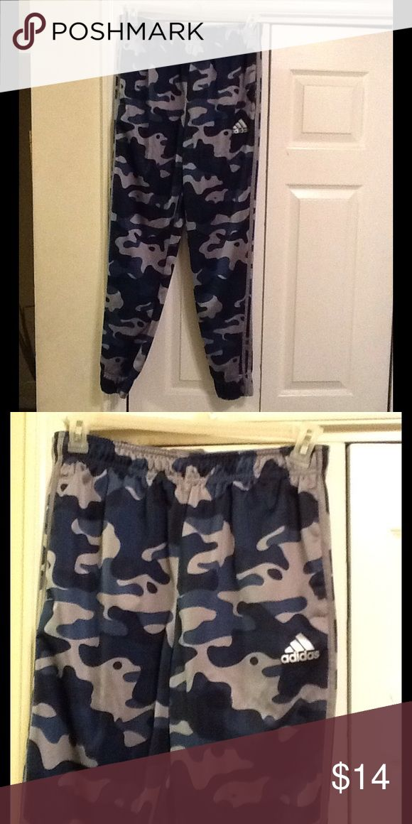 Men's Adidas Blue Camo Joggers Size L jogger pants in good condition Adidas Pants Sweatpants & Joggers