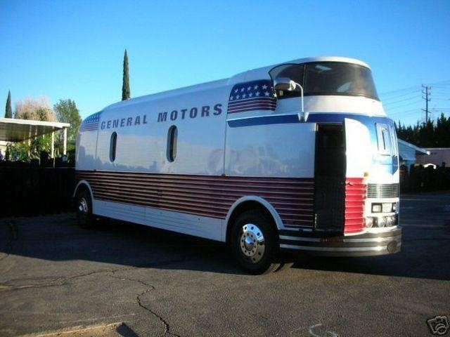 1939 gm futurliner this must have been the last paint style before they went away classic. Black Bedroom Furniture Sets. Home Design Ideas