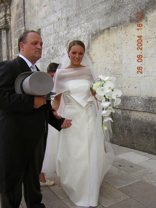bouquet de mariée orchidées blanches,Fleuriste perigueux Fleurs de Famille bonvoisin perigueux mariage fleuriste livraison