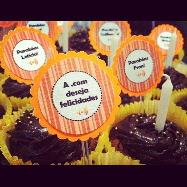 Cupcake com toppers personalizados #cupcake