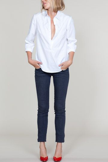 simple.white.top.White Buttons, Skinny Jeans, Red Flats, Red Shoes, White Shirts, Outfit, Red Heels, Classic White, Red Pumps