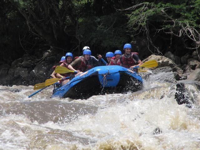#Rafting en #Santander una aventura inolvidable !!! Los esperamos Río #Suárez @PROCOLOMBIA
