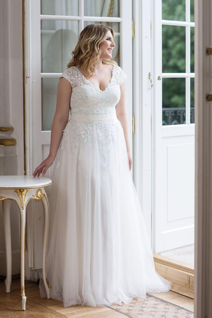 Lovely By Mode De Pol Vestido De Novia Lo 91t Fondos De Pantalla De Fondos Lo91t Lovely Mode Nov Curvy Bride Wedding Dresses Plus Size Wedding Dresses [ 1104 x 736 Pixel ]